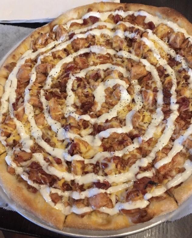 Yo!  Vegans!  Chicken Bacon Ranch Pizza